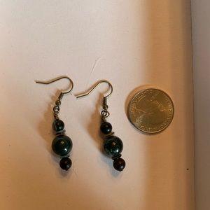 Handmade beaded earrings!!